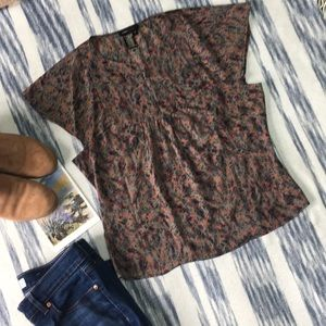 BCBGMaxAzria Grey and Red Flutter Sleeve Blouse